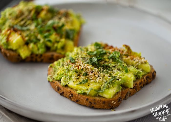 pineapple-power-avocado-toast-article