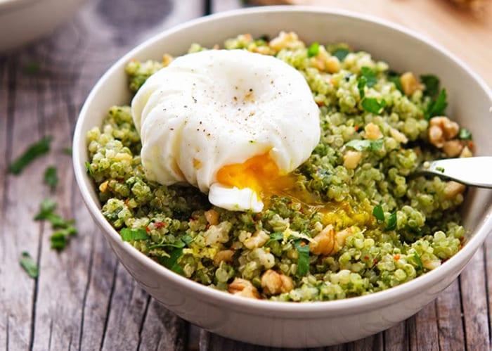 qunioa-kale-pesto-bowl-iron-you