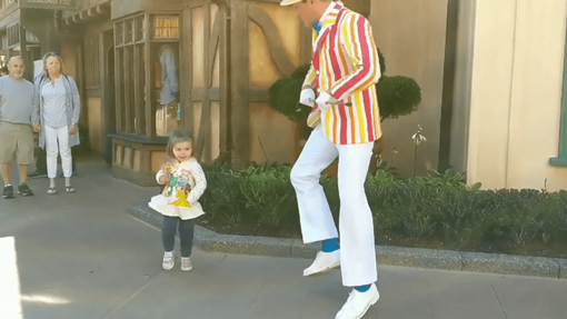 """Dancer of the Week: Adorable Girl Dances With """"Mary Poppins"""" Character At Disney World"""
